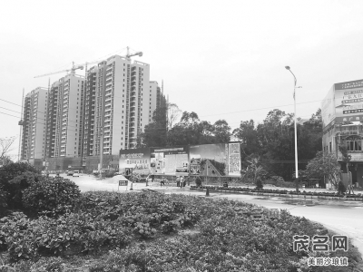 拟建设黄岭高速出入口至云潭镇连接线道路